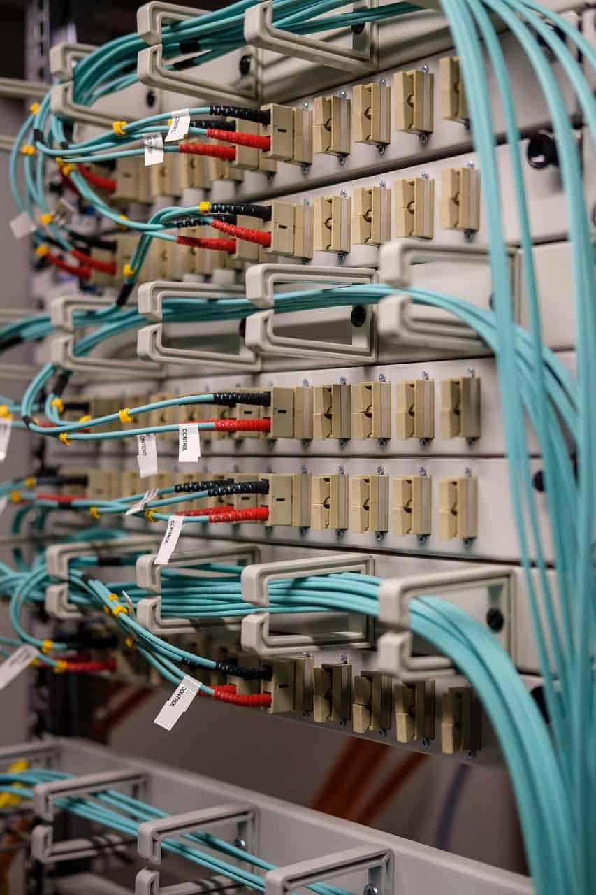 fiber-optic-g4a7d016cf_1280